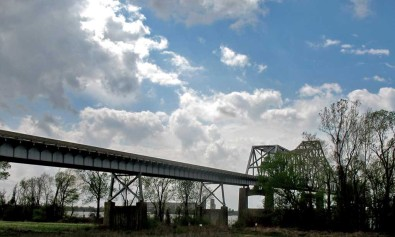 Mississippi Helena AR 4-9-2015 ramp